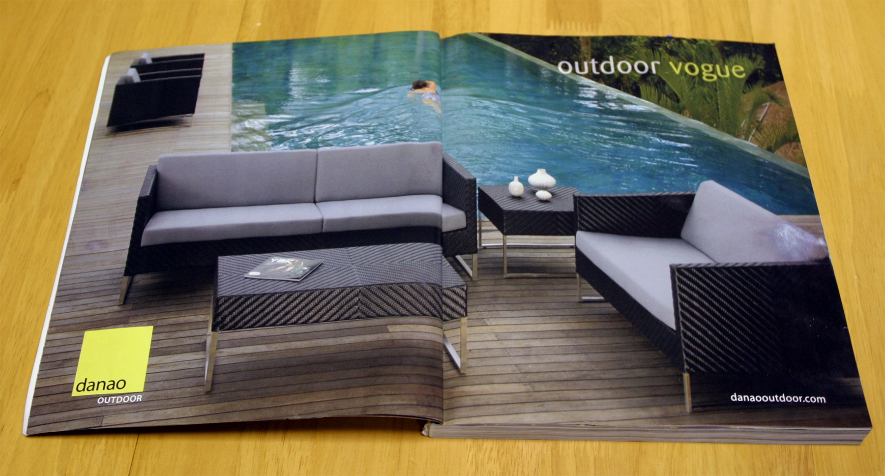 magazine advertisement design for an outdoor furniture manufacturer rh tornadodesign com Unique Outdoor Furniture Unique Outdoor Furniture
